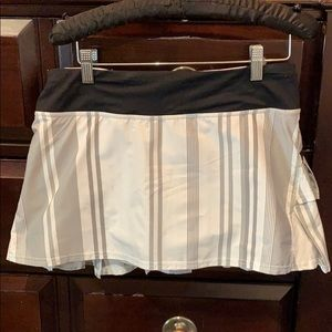 Lululemon Athletica Pace Rival Skirt 6 Regular